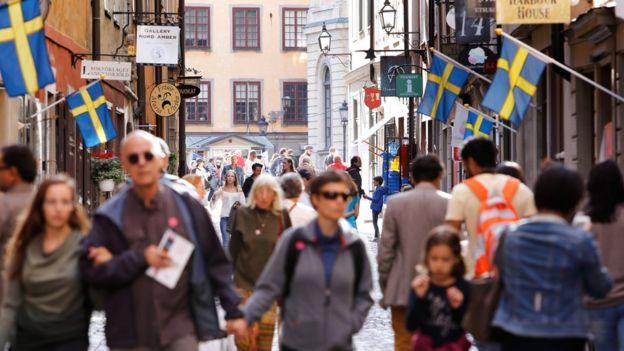 Peatones en Estocolmo