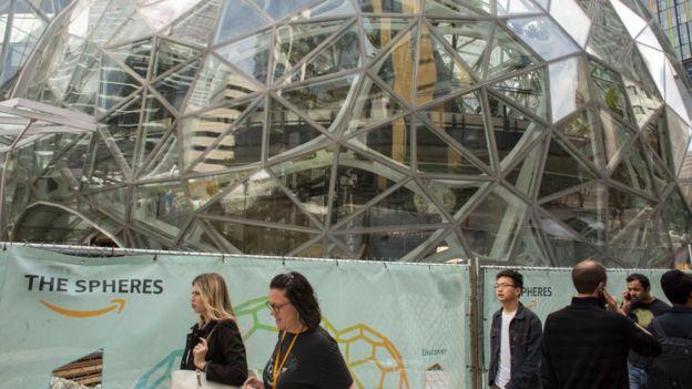 Las oficinas de Amazon en Seattle ocupan unos 40 edificios.