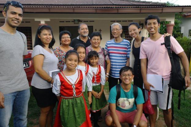 Picture of Kodrah Kristang members and Portuguese Eurasians in the Portuguese Settlement of Malacca