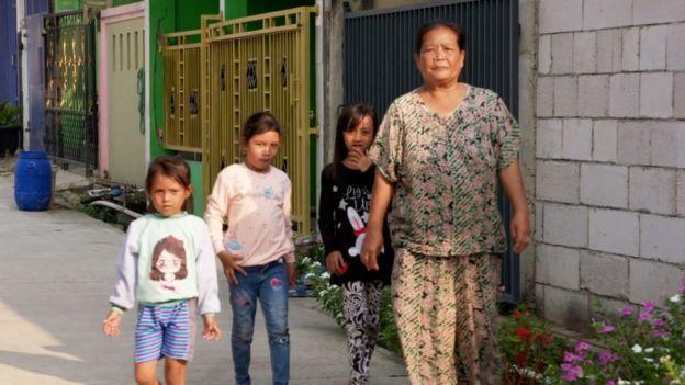 Mila Damila y sus nietas