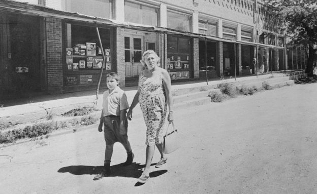 Madalyn Murray con su hijo.