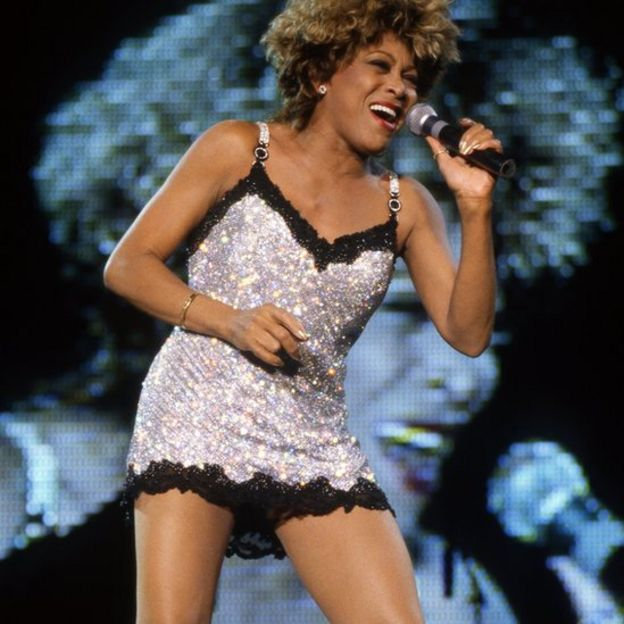 Tina Turner performing in Nimes in 1996