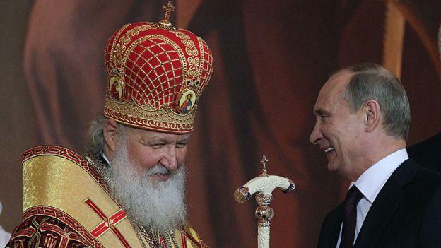 Patriarch Kirill, de la Iglesia ortodoxa rusa, con el presidente Putin.
