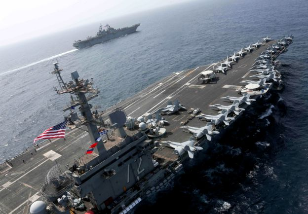 آمریکا ناو هواپیمابر آبراهام لینکلن را راهی خلیج فارس کرده است
