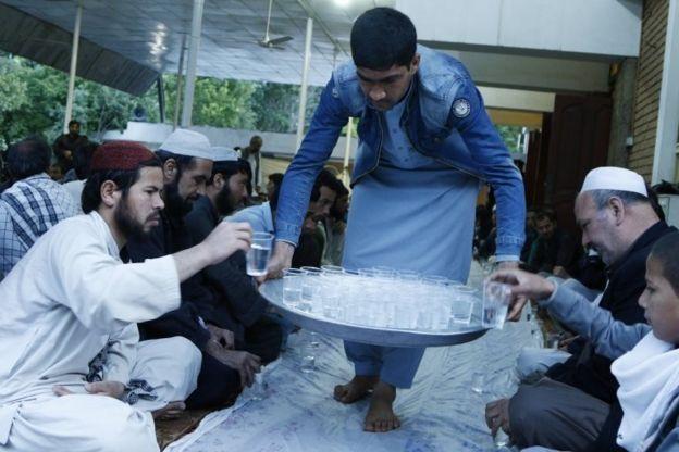 ساعات روزه داری در افغانستان حدود ۱۶ ساعت است