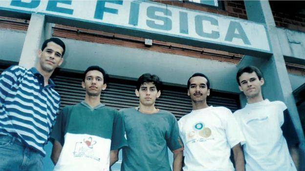 Narcizo Neto (à dir.) com amigos na UFCG
