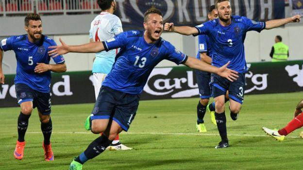 Jugadores de Kosovo