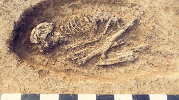 Escavações arqueológicas