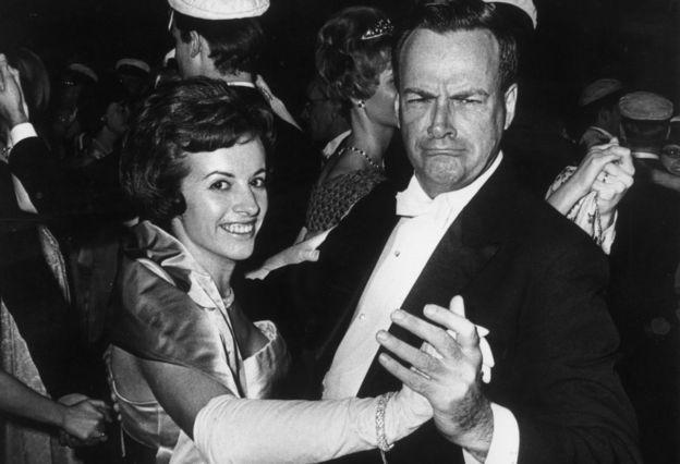 Richard Feynman y su esposa bailando
