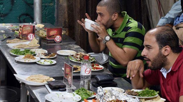 Restaurante no Cairo