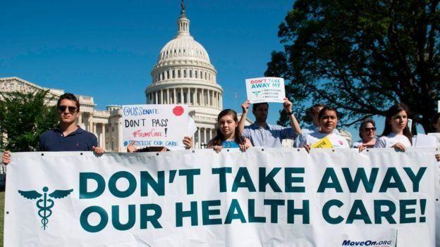 یک قاضی فدرال بخشی از قانون نظام خدمات درمانی اوباما را مغایر قانون اساسی دانست