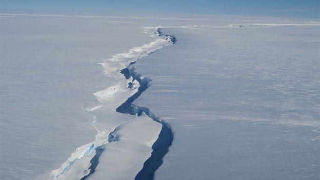 Fisura plataforma de hielo Brunt.