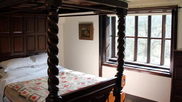 Um dos quartos de Shibden