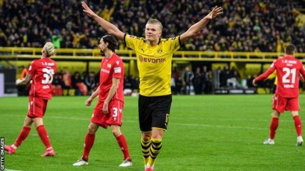 Erling Braut Haaland ni mchezaji anayeng'ara barani ulaya kwa sasa na kiwango chake hakijawahi kushuka tangu alipojiunga na Borussia Dortmund