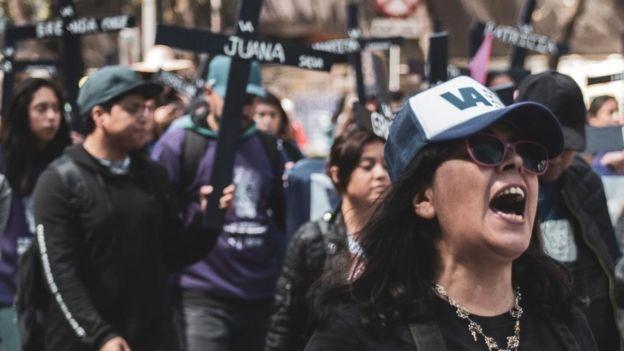 Frida Guerrera en una marcha