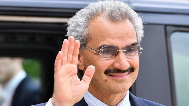 ولید بن طلال یکی از شاخصترین اعضای خاندان سلطنتی عربستان بود که در هتل کارلتون ریتس زندانی شد
