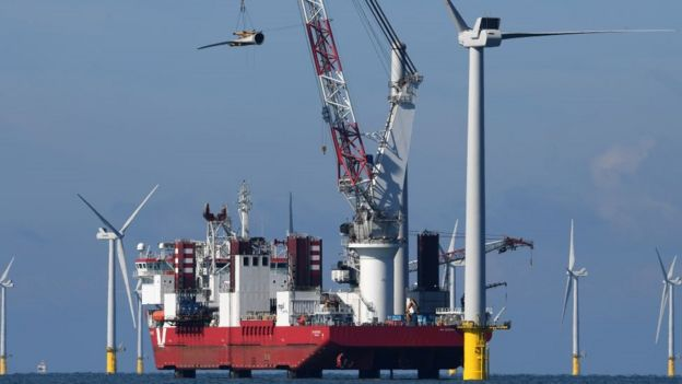 One of the final 55m turbine blades is manoeuvred into position on September 20, 2017 in Brighton, England.