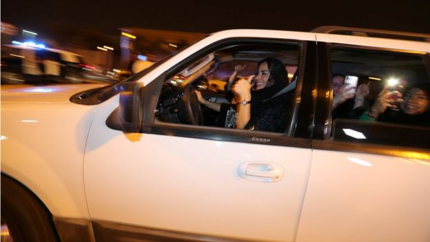 Саудитка за рулем