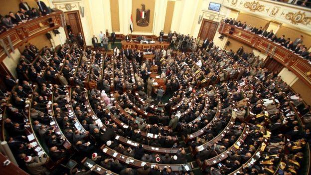هل ستحوّل التعديلات الدستورية المقترحة مصر إلى