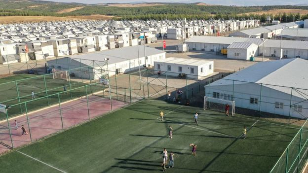 مخيم في تركيا يستضيف 11500 من لاجئي شمال سوريا