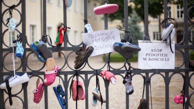 مظاهرة في وارسو 2018 ضد الاعتداء الجنسي على الأطفال