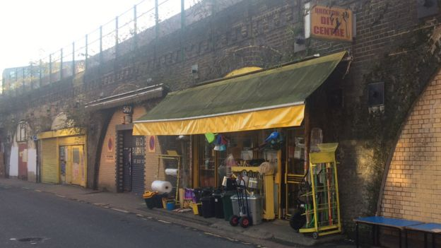 Railway arches sale overlooked tenants, says spending watchdog - BBC