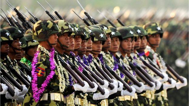 Мьянмарские солдаты