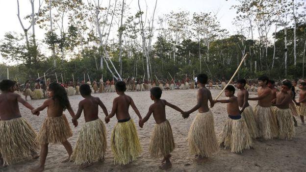 Índios Yawanawá