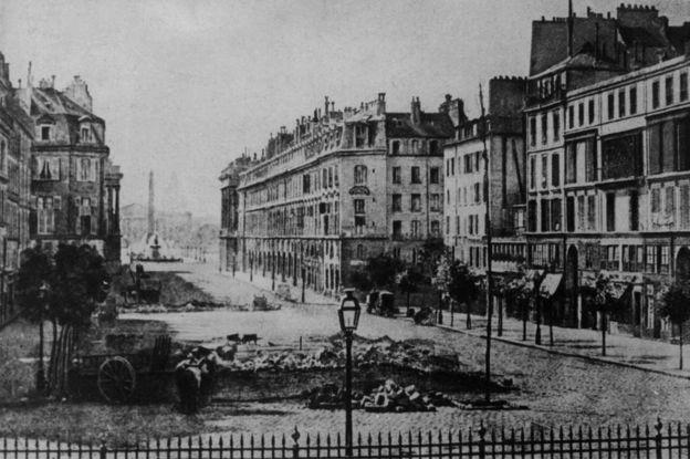1848 isyanları sırasında Paris sokakları