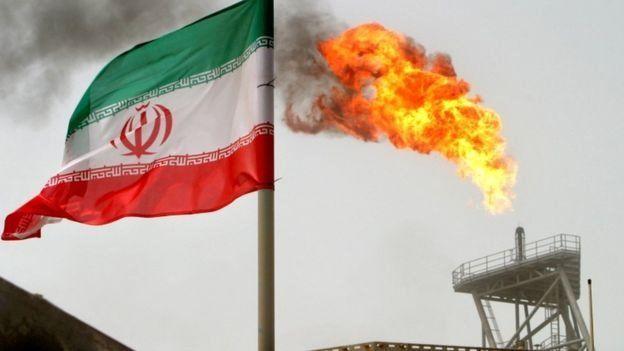 تاسیسات نفتی ایران