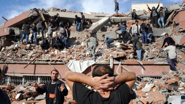2011'de Van'da meydana gelen depremde 604 kişi hayatını kaybetmişti.