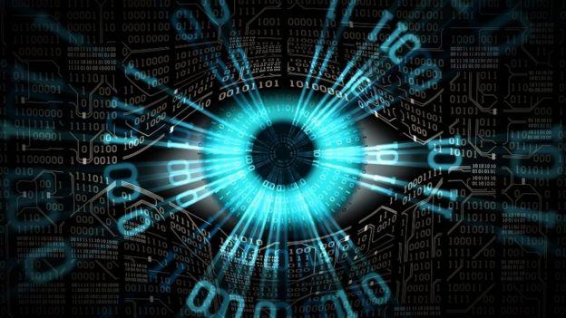 صورة تخيلية: عين إلكترونية، تقنيات من المراقبة العالمية، وأمن أنظمة الكمبيوتر والشبكات