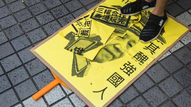 Bắc Kinh đang gây nhiều áp lực lên chính quyền Hồng Kông để thông qua dự luật chống nổi dậy - nhắm vào giới đấu tranh cho dân chủ.