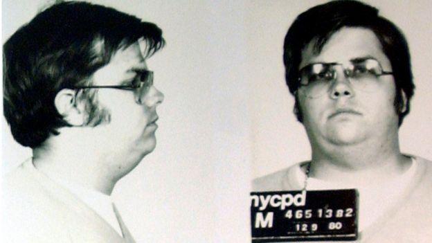Foto policial de Mark David Chapman, luego de su arresto por el asesinato de John Lennon.