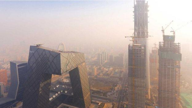 مدينة تعاني من تلوث الهواء