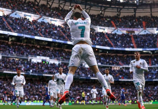 Cristiano Ronaldo cambia el Real Madrid por la Juventus  5 ... c981a163fa13a