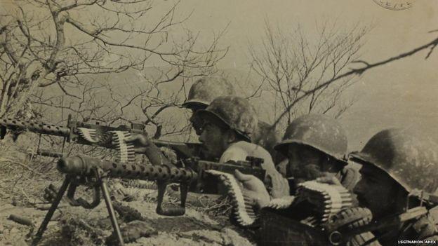 Soldados no front