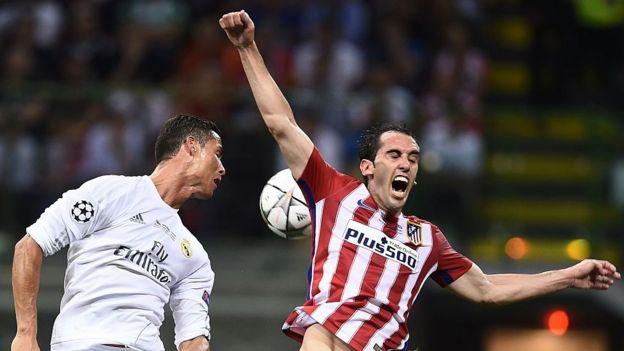 Ronaldo y Godín