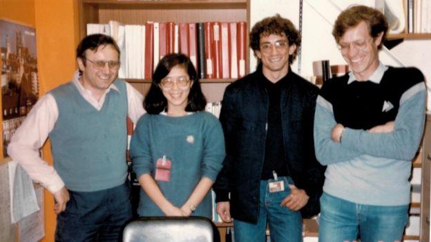 Liu Lin com cientistas brasileiros