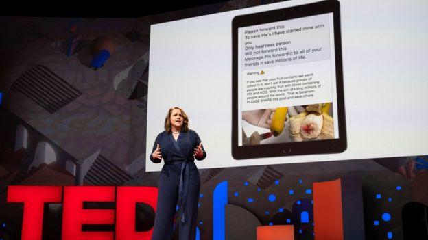 Kler Vordl je pozvala ljude da sve sumnjive stvari koje vide onljan doniraju otvorenoj bazi podataka