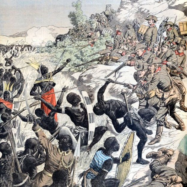 Gravura de época mostra batalha entre guerreiros herero e tropas alemãs