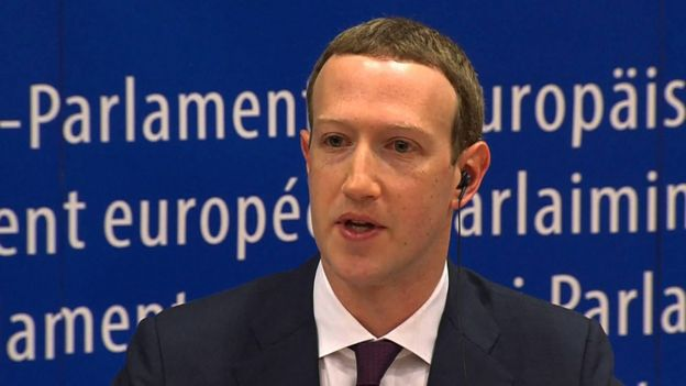 Mark Zuckerberg, fundador y director de Facebook