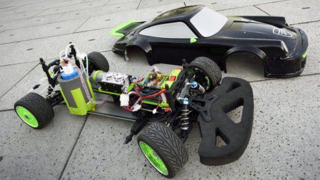 Model car powered by hydrozine
