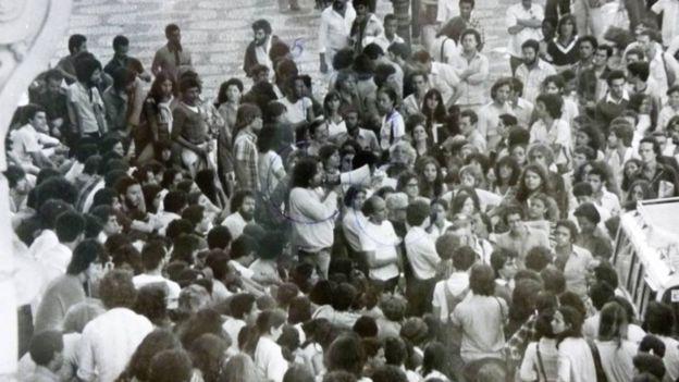 Agentes de informação do SNI monitoravam movimentos sociais; esta foto faz parte de um conjunto no Arquivo Nacional com mais de 5 mil fotos tiradas pelos agentes