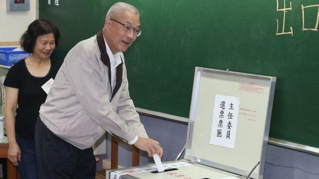 外界正在看國民黨主席吳敦義能否領導國民黨在九合一地方選舉中取得勝利,而台北市就是最重要的指標。
