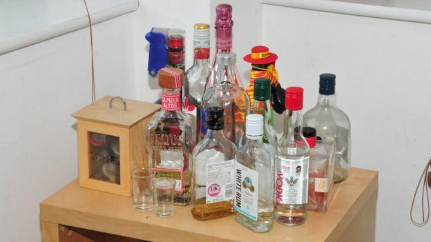 زجاجات مشروبات كحولية