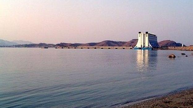 북한 금강산 관광 코스 중 하나였던 고성항(장전항)