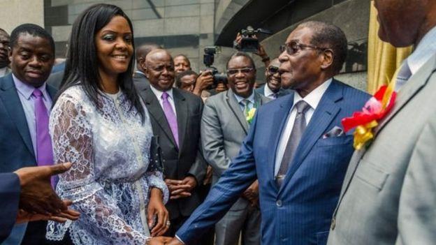 Bi Grace Mugabe na Mumewe marehemu Robert Mugabe