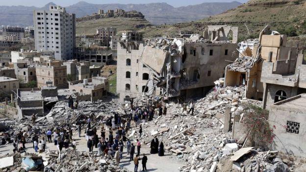 قتل أكثر من 8530 شخصا، معظمهم من المدنيين في اليمن منذ مارس/آذار 2015