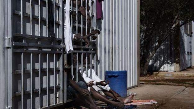 Libya'daki sığınmacı kampları